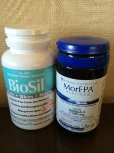 """右がオメガ 左がケイ素のサプリ""""BioSil"""" おすすめです。"""